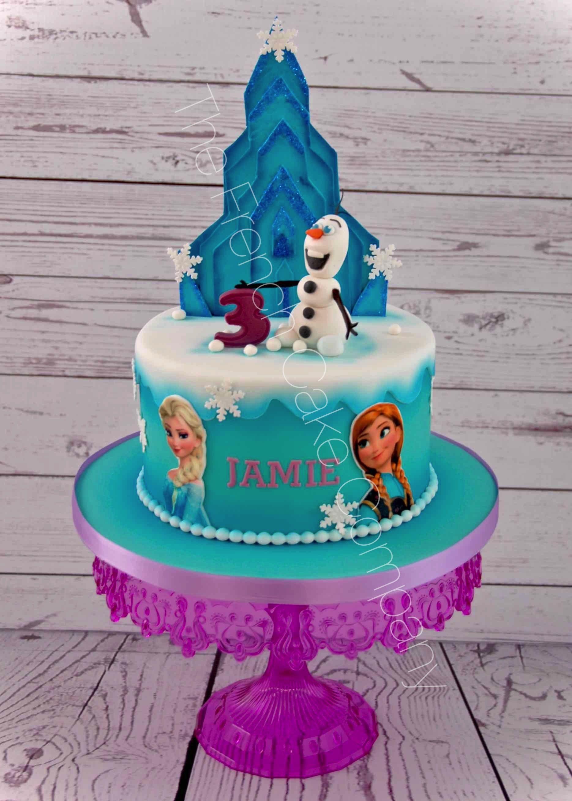 gteau danniversaire olaf et le chteau de la reine des neiges frozen cake with