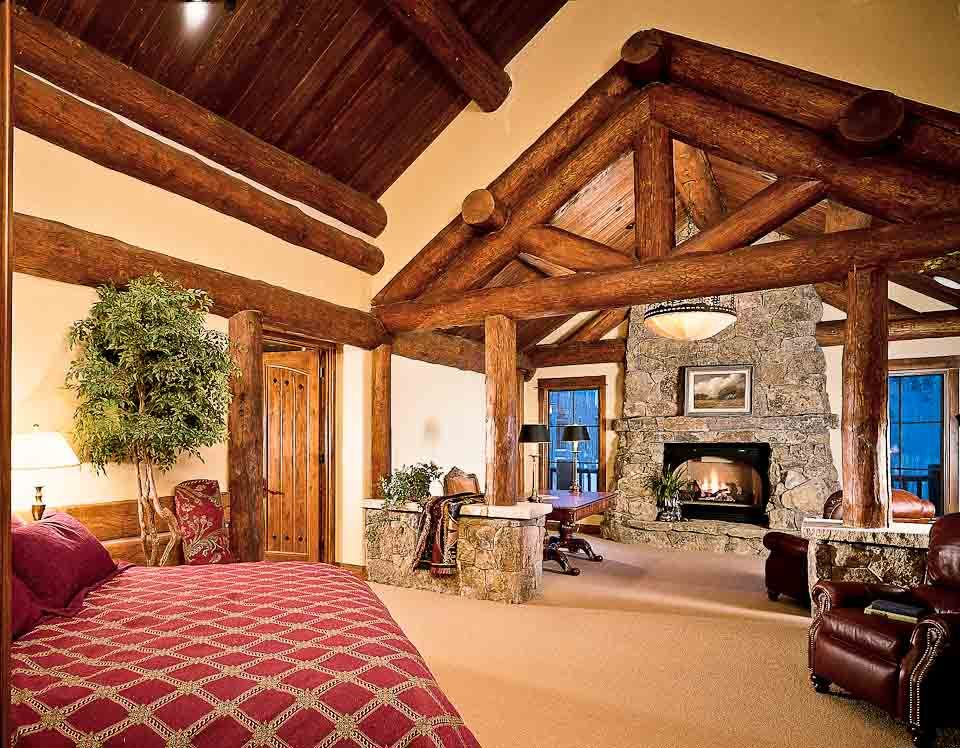 Log Home Master Bedrooms Master Bedroom Suite With Exposed Log Trusses And Beams Log Homes Log Home Interiors Log Home Decorating