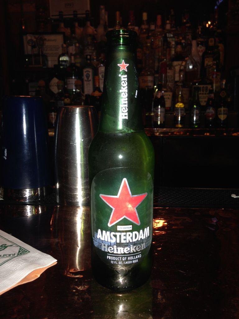 Having a Heineken in Chicago, July 2014