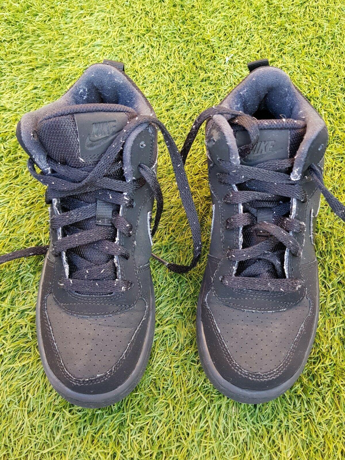 Boys Girls Unisex Nike Shoes Trainers Size Uk 3 Us 3 5y Eur