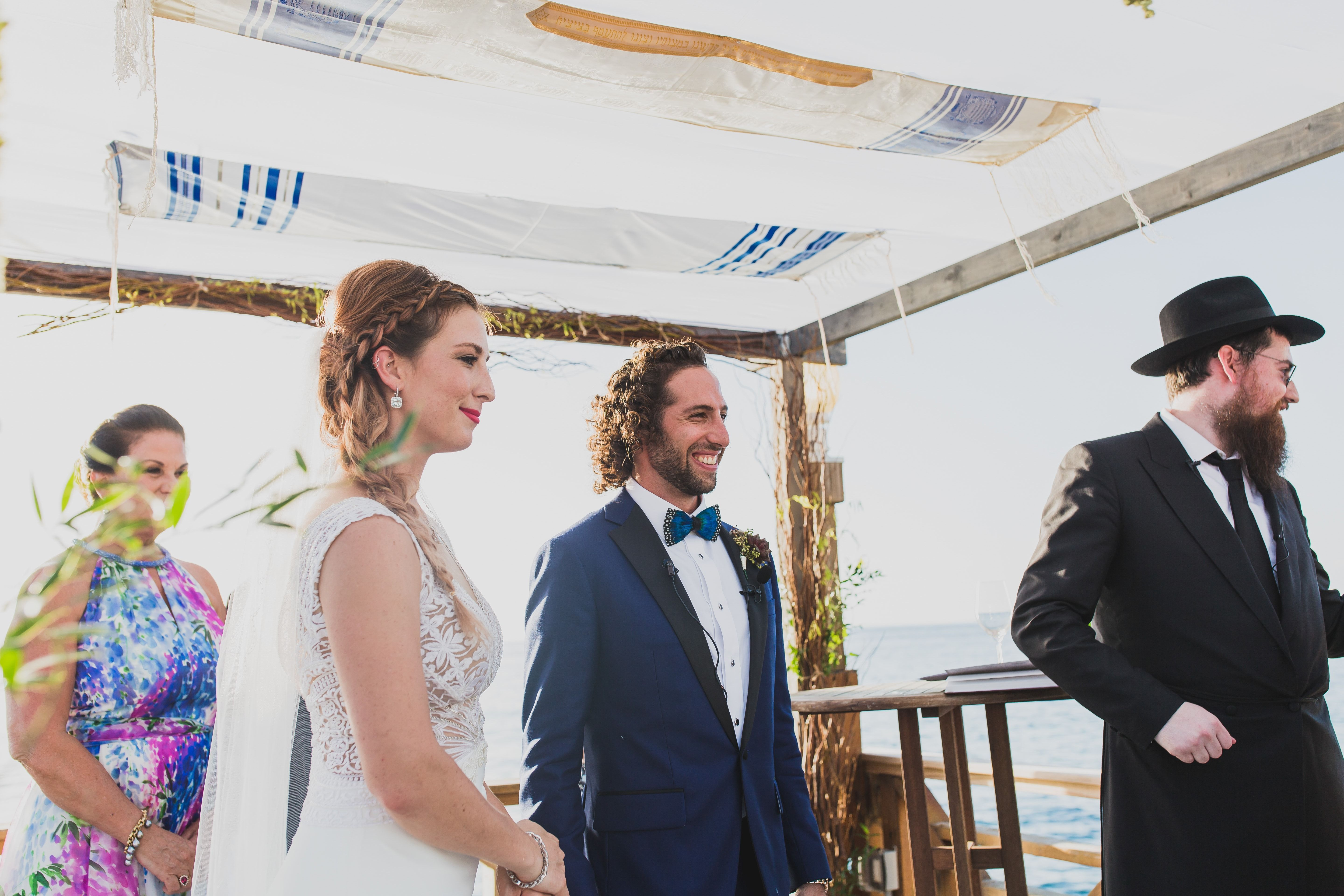 An Old Hollywood Style For This Cayman Islands Destination Wedding ...