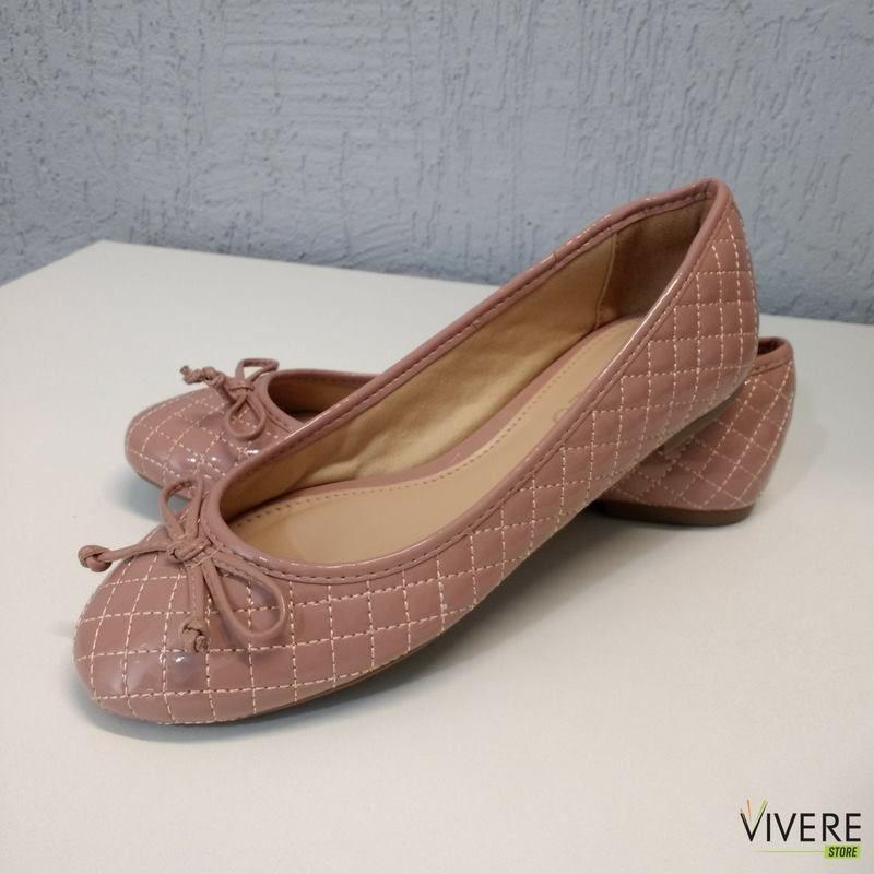 d8a8b12c70 Delicadeza para os pés é com a bela Sapatilha Arezzo. Confira em nosso site!