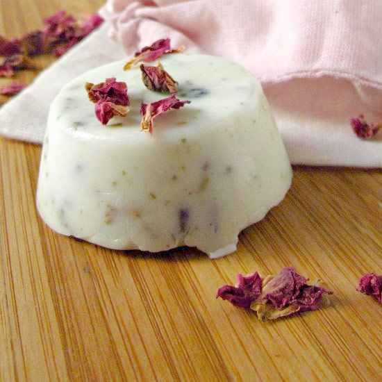 diy your shampoo with this rose petal solid shampoo bar tutorial presents pinterest. Black Bedroom Furniture Sets. Home Design Ideas