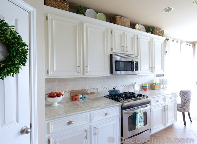 Pin By Martha Mine On Kitchen White Kitchen Makeover White Kitchen Painting Kitchen Cabinets