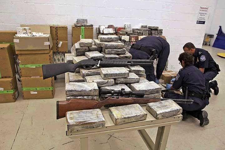 Un expolicía traficaba armas de Miami a Venezuela - http://wp.me/p7GFvM-Cca