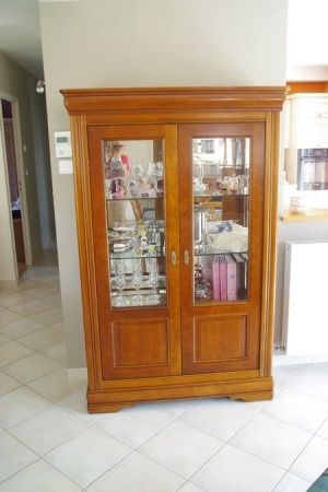 Vitrine - table basse - meuble TV - table pied central Relooker