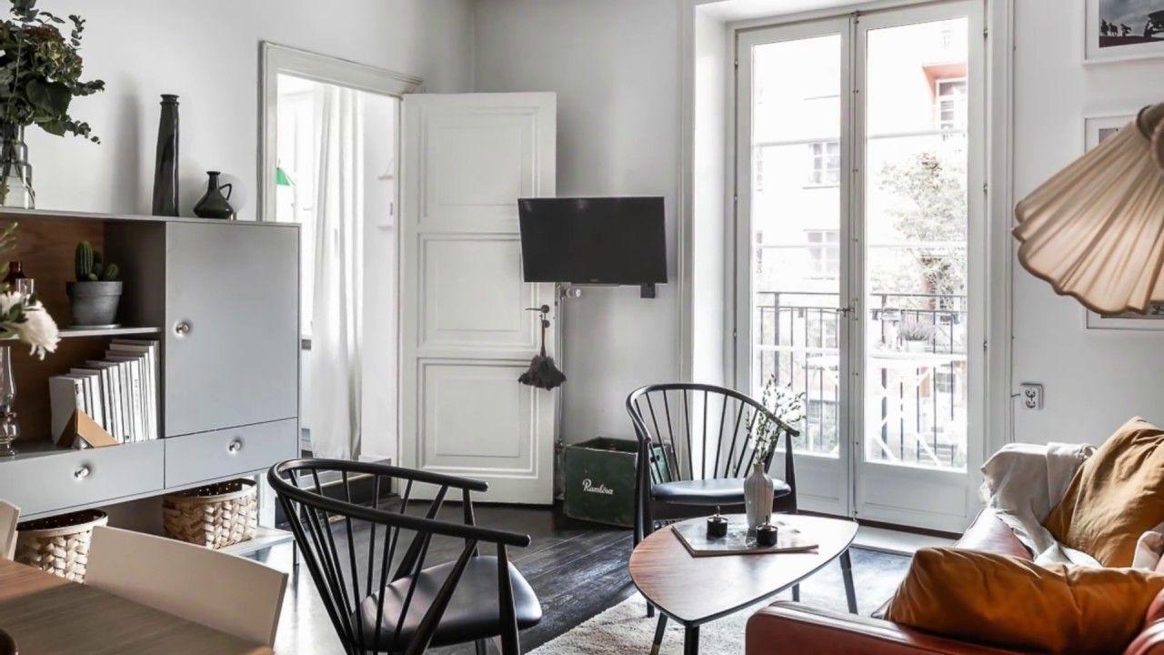 Small One-Bedroom Apartment Decorating On Budget - YouTube ...