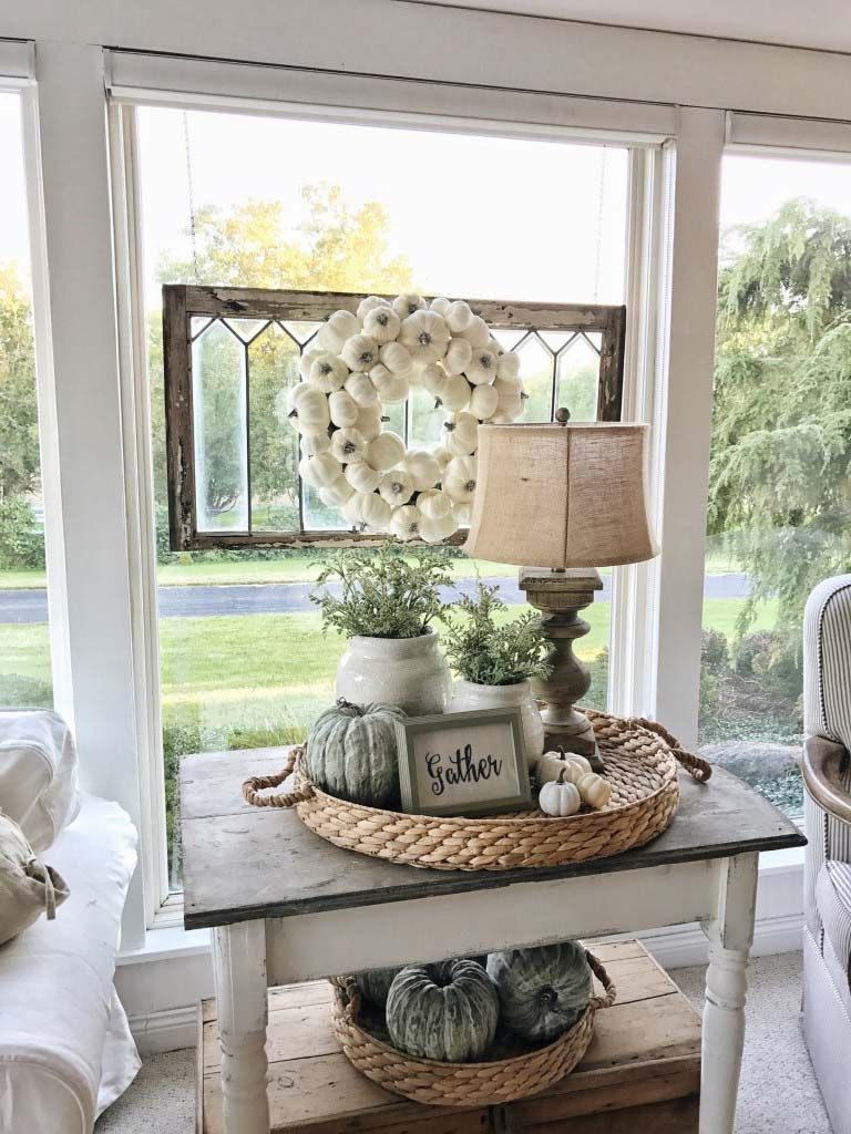 50+ Absolutely gorgeous farmhouse fall decorating ideas #falldecorideas