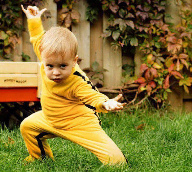 Pin By Rose Grimes On Think Small Baby Kicking Bruce Lee Kung