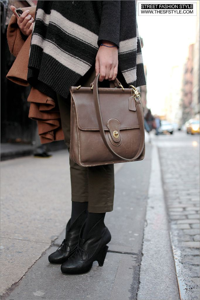 Street Fashion Style A San Francisco And New York Blog Sf To Nyc Vintage Coach Bag Sleeved Poncho Sculptural Heels Prince