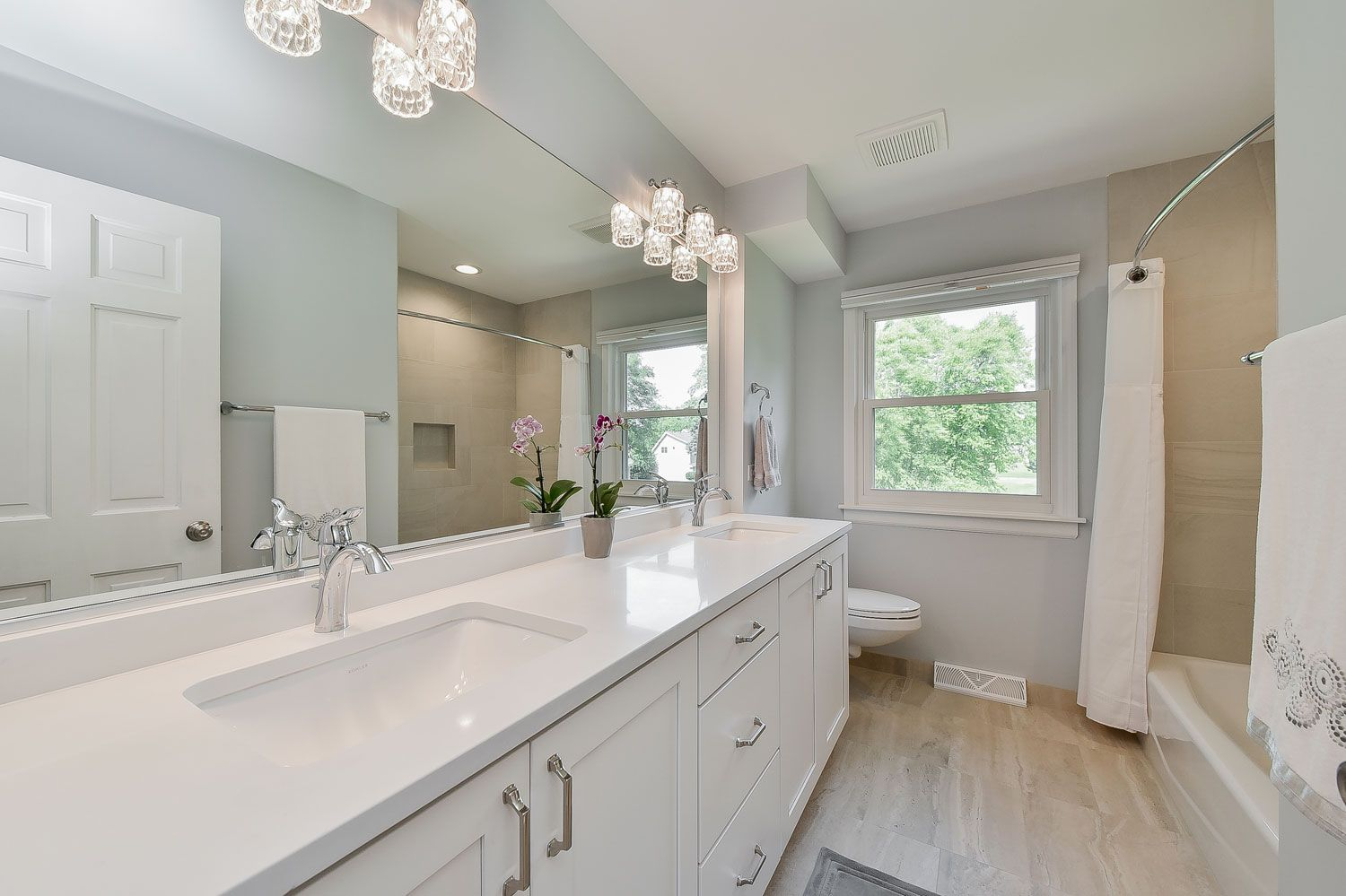Brian Amp Karen S Hall Bathroom Remodel Pictures In 2019