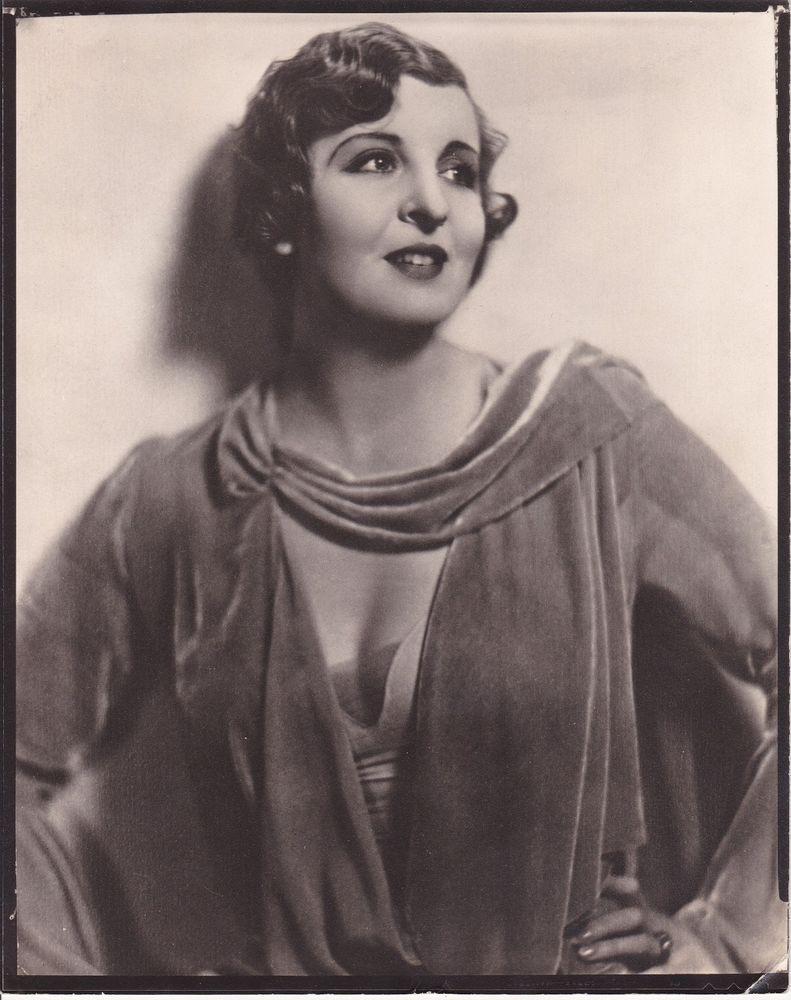 picture Doris Lloyd