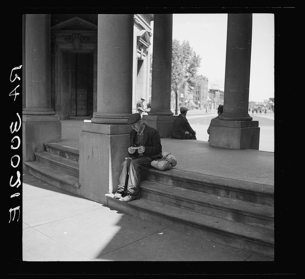 Transient Laborer. Minneapolis, Minnesota. May 1937. in