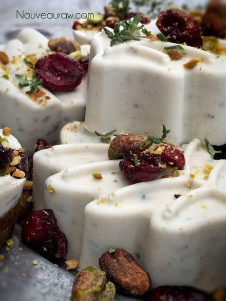 Cranberry-&-Pistacchio--Gourmet-Dessert--Cheese. Vegan and raw