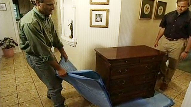 443-ss-tip-moving-heavy-furniture-home First Apartment
