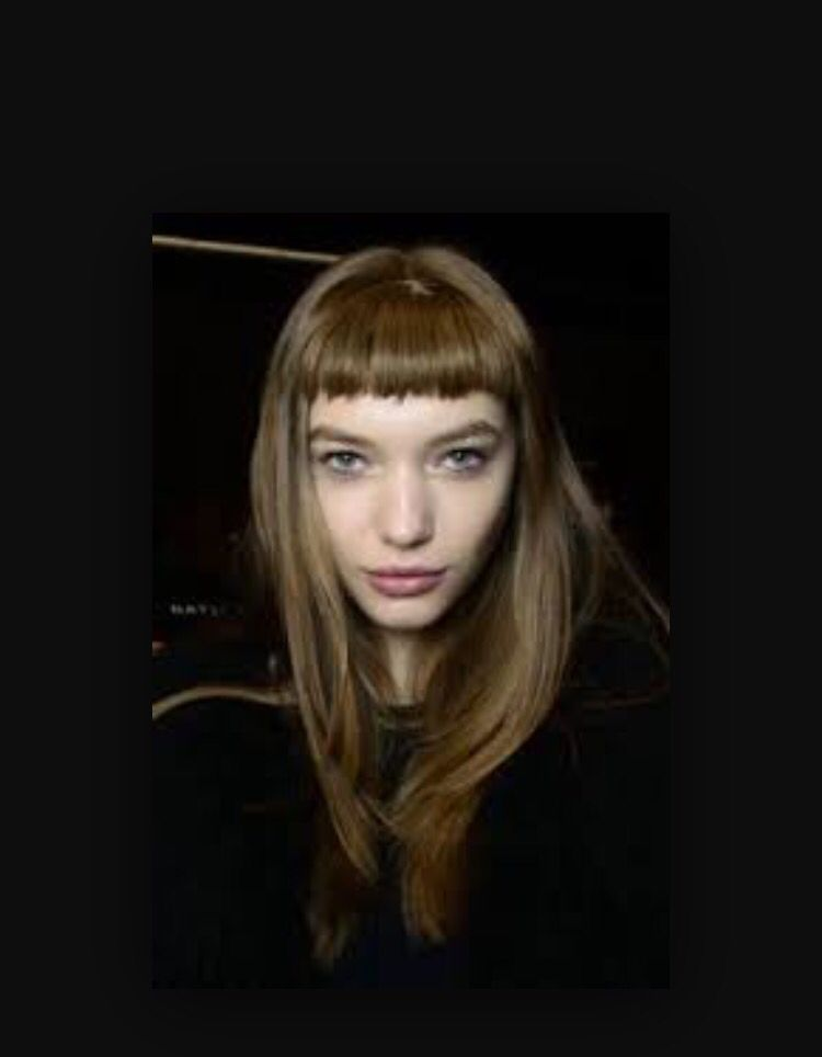 Very French Long Hair Cute And Innocent Short Bangs In A Very Light Unassuming Brown Shade Cabelos Bob Cabelos Lisos Cabelo