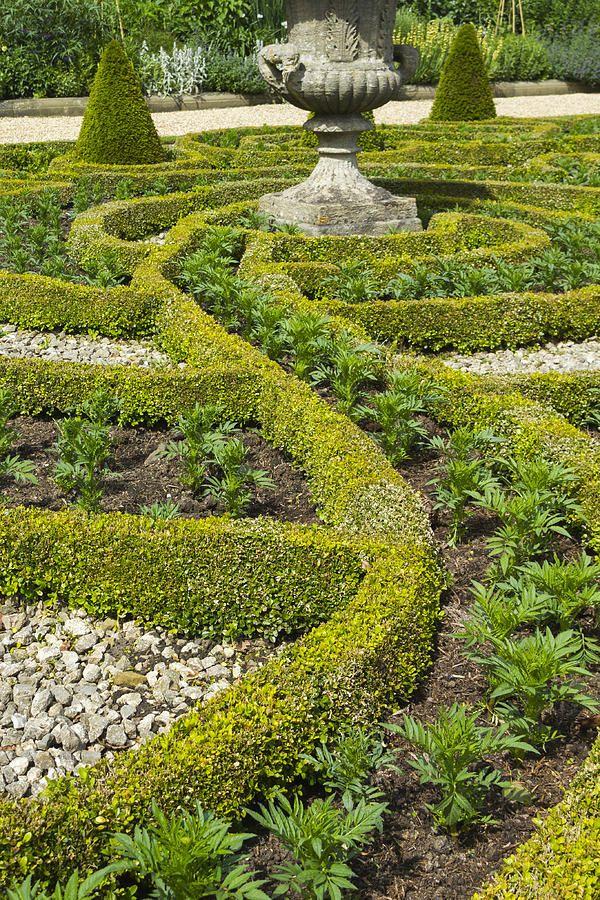 Formal Gardens - 2 | Formal gardens, Gardens of the world ...