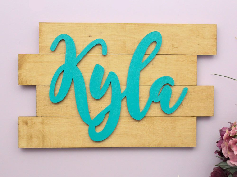 Custom wood pallet sign personalized with the name of choice ...