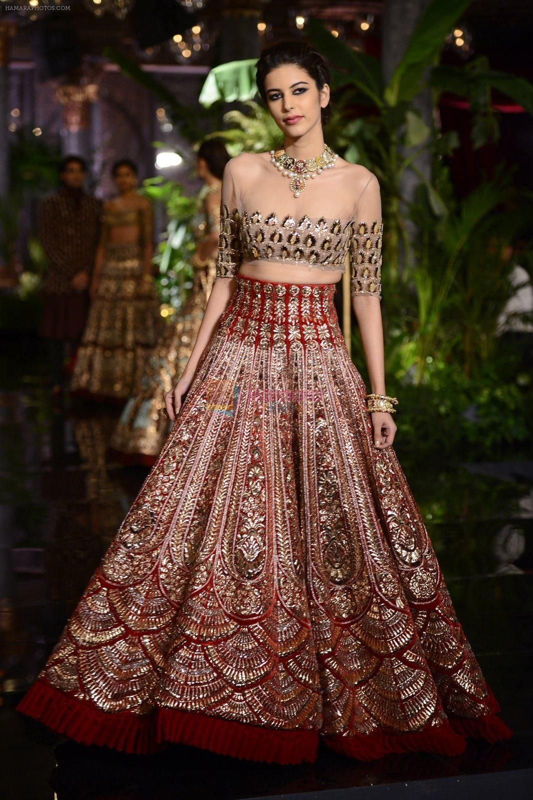 Indian Wedding Dresses Outfits Weddings Desi Bride Venues Ball Gown Ethnic Fashion African