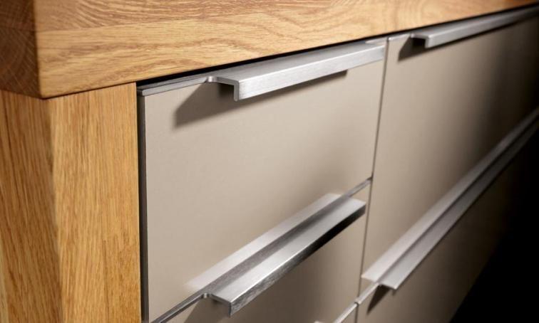 Sleek Handle Kitchen Handle Handles Luxury Kitchens Bespoke