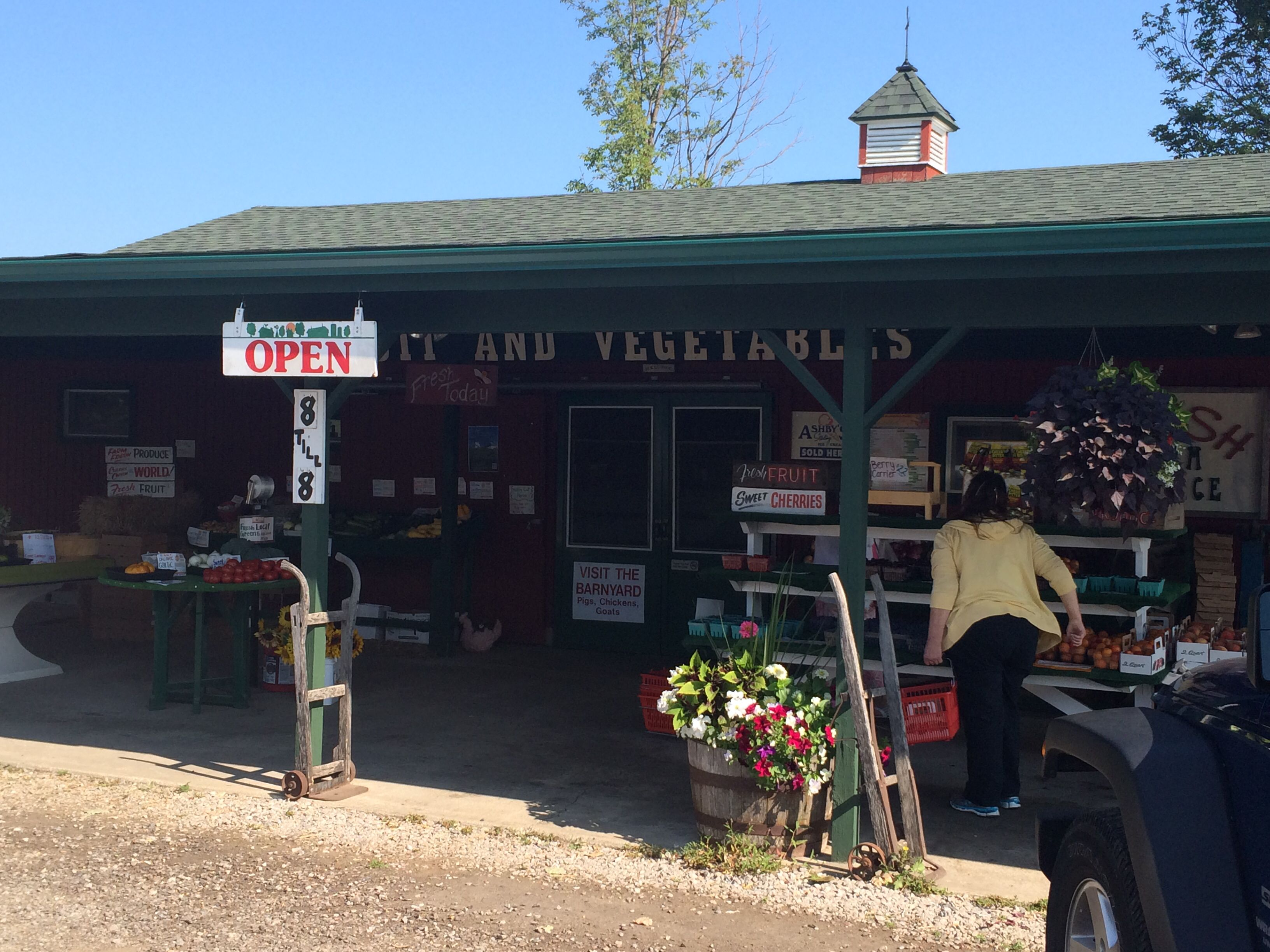 Gallaghers Fruit Stand Just Outside Of Traverse City Best Cherry Turnovers You Will Ever Have Fruit Stands Great Vacations Cherry Turnovers