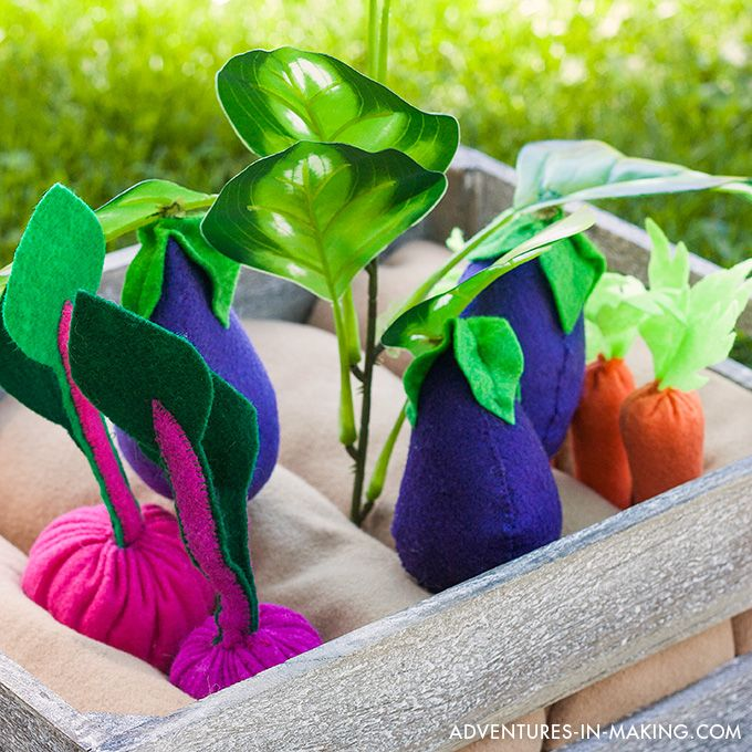 your kids will love tending to their very own play garden surprise them with a handmade plantable felt vegetable garden - Vegetable Garden Ideas For Kids