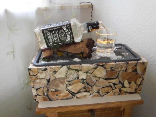 Zimmerbrunnen Jack Daniels Handarbeit Unikat Home Decor