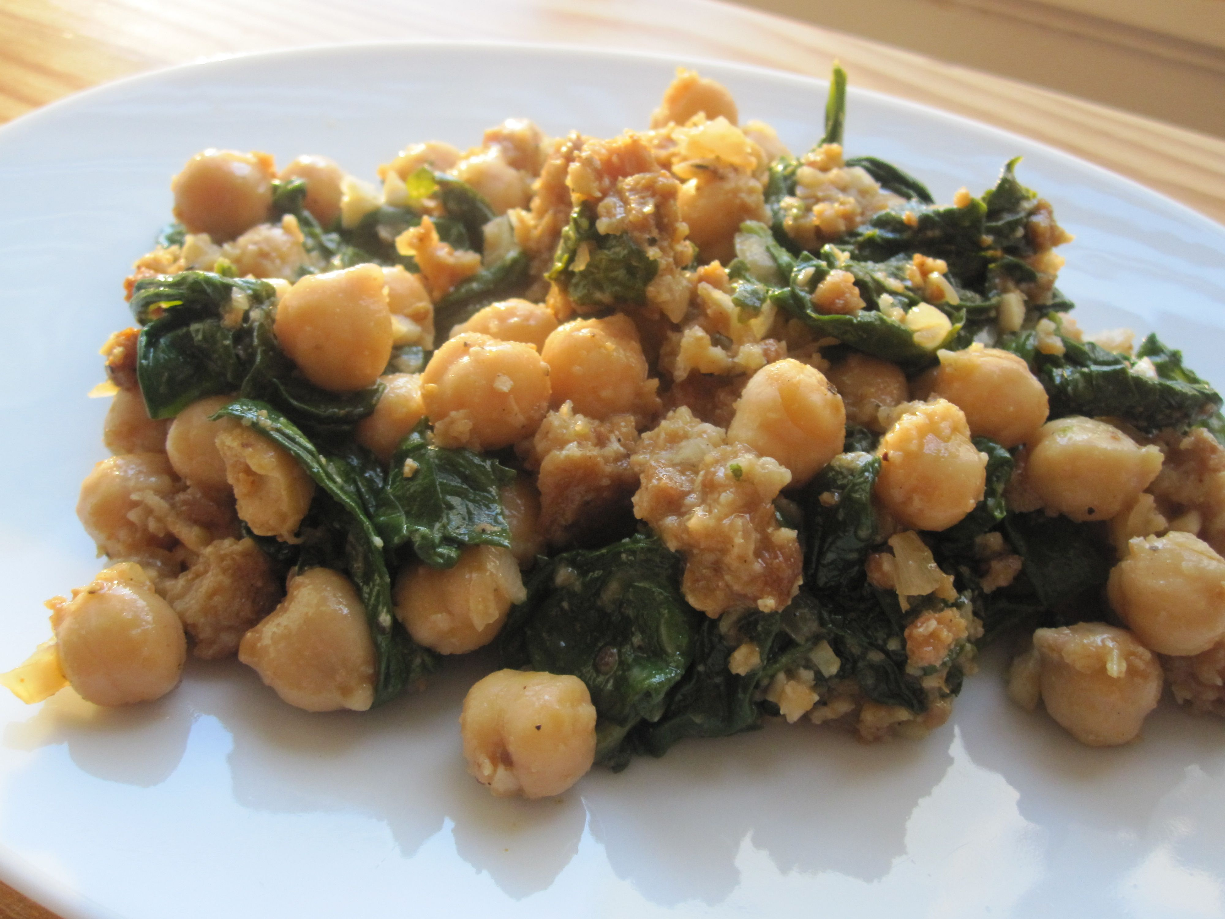 Spanish spinach with garbanzos recipe spinach garbanzo bean fast easy and vegetarian spinach with garbanzos forumfinder Images