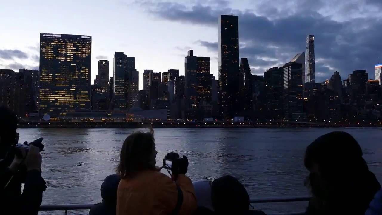 Awesome E Book Harbor Lights Night Time Cruise @ Gootli