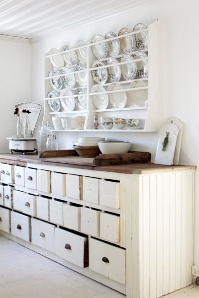 love the plate rack, and that counter is awesome | Shab and Oh So ...