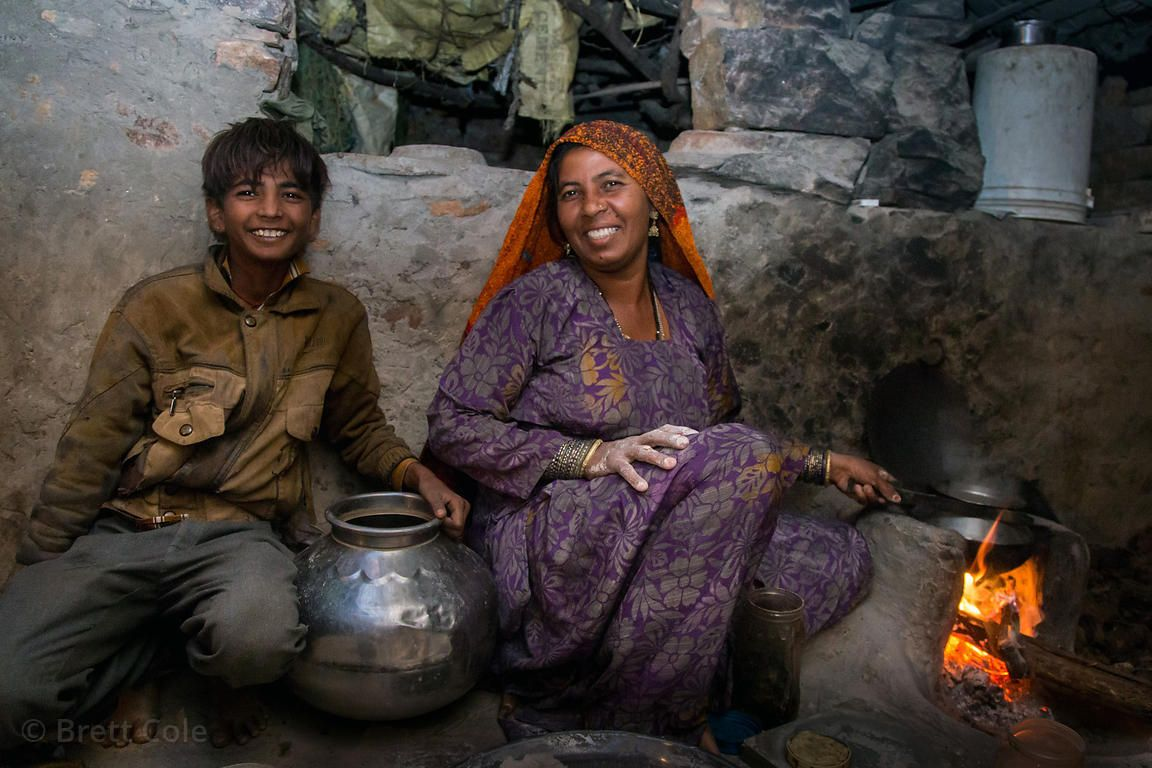 Mother and son from the Cheetah caste, Kharekhari village, Rajasthan, India