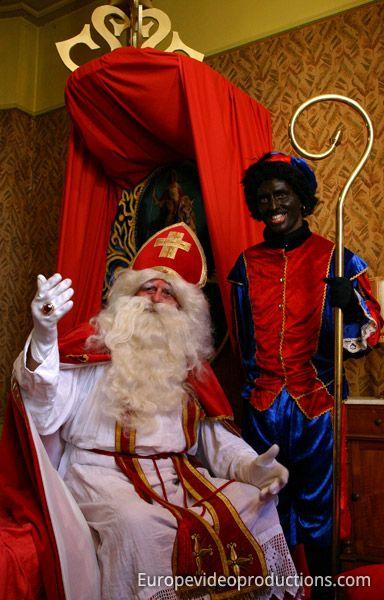 Maison De Saint Nicolas A Sint Niklaas Dans Les Flandres En Belgique Belgie Sinterklaas Saints