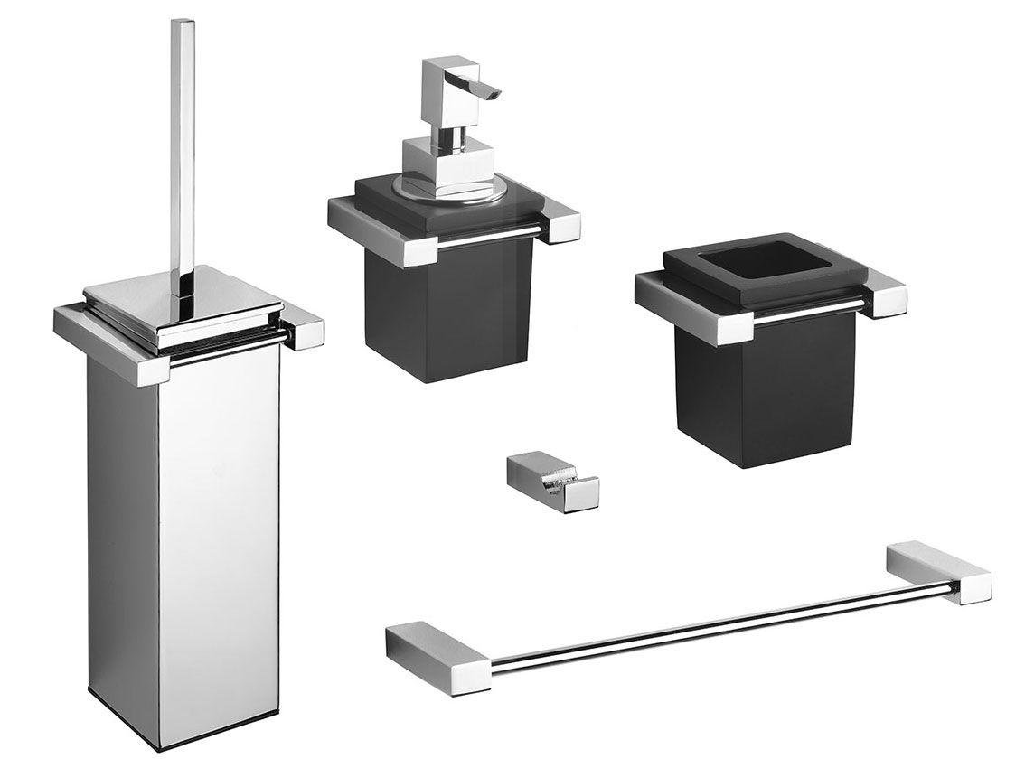 Carlo Iotti Accessori Bagno.La Collezione Cube Di Carlo Iotti E Una Serie Coordinata Di