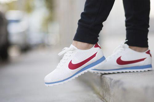 Nike Wmns Cortez Ultra Moire Women White