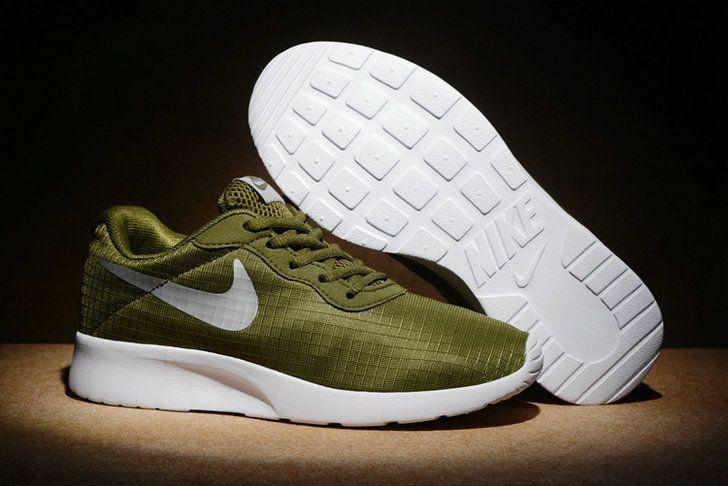 New Arrival Nike Tanjun Se 844908 302 Army Green White blanc