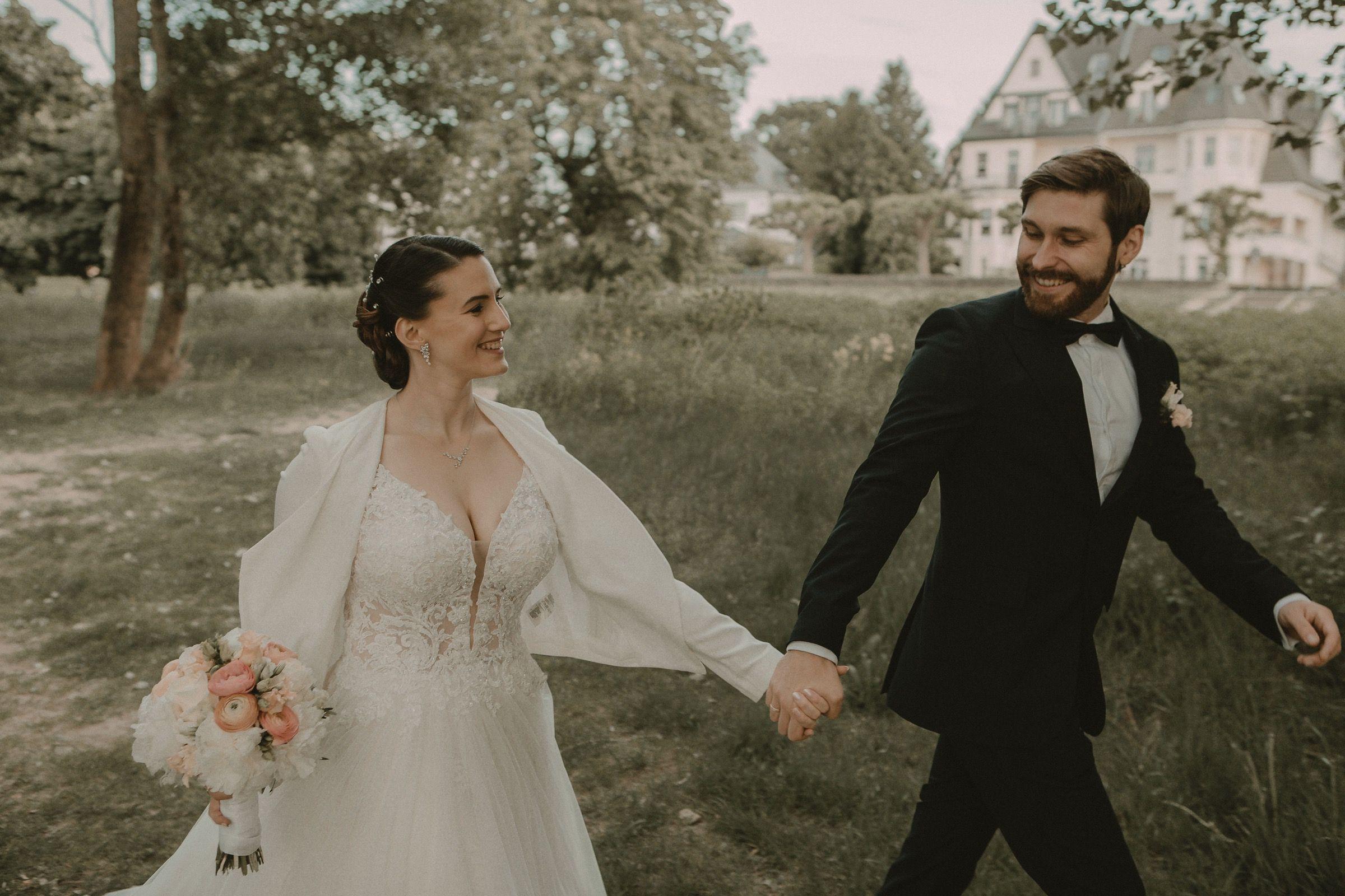 Heiraten In Zeiten Von Corona Nrw Koln In 2020 Heiraten Standesamtliche Trauung Hochzeit Schloss