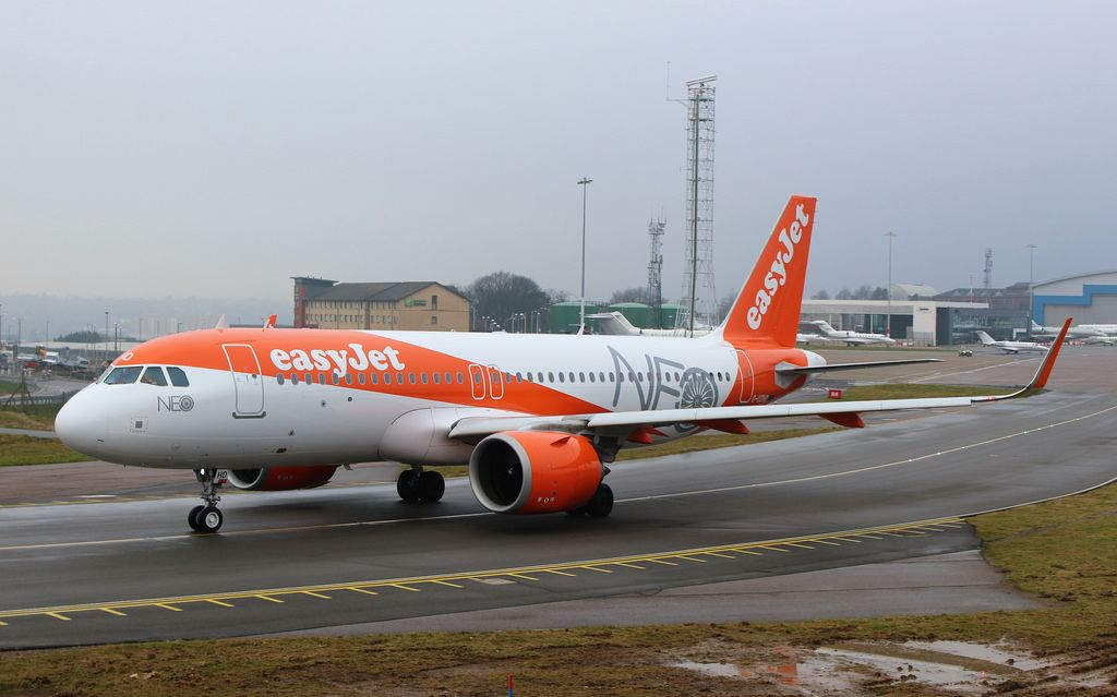 Easyjet Fleet Airbus A320neo Details And Pictures