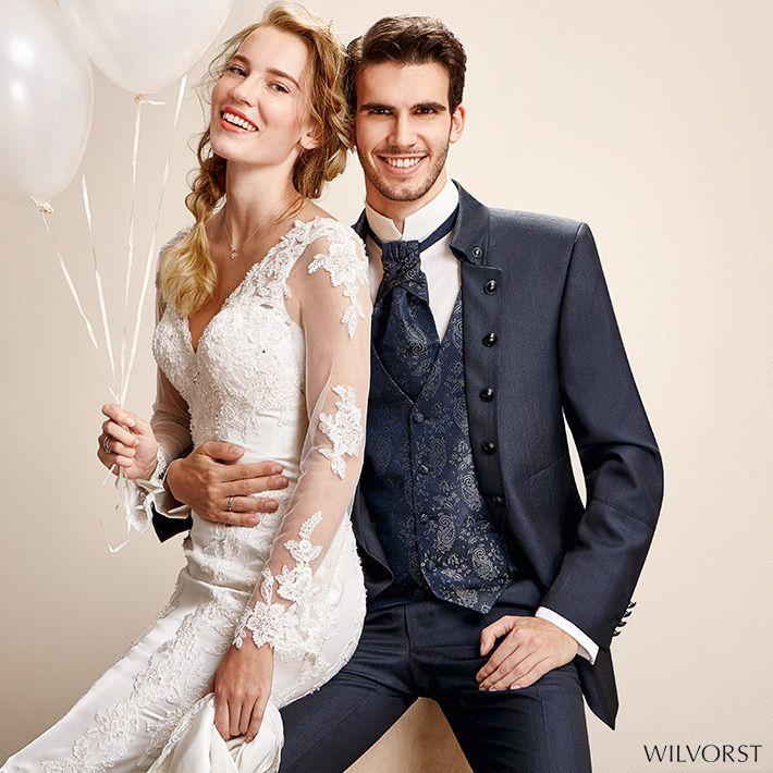 ein Hochzeitsanzug mit aparten Details, beispielsweise der ...