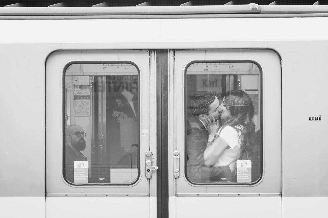 Wedding romantic picture - Paris Subway
