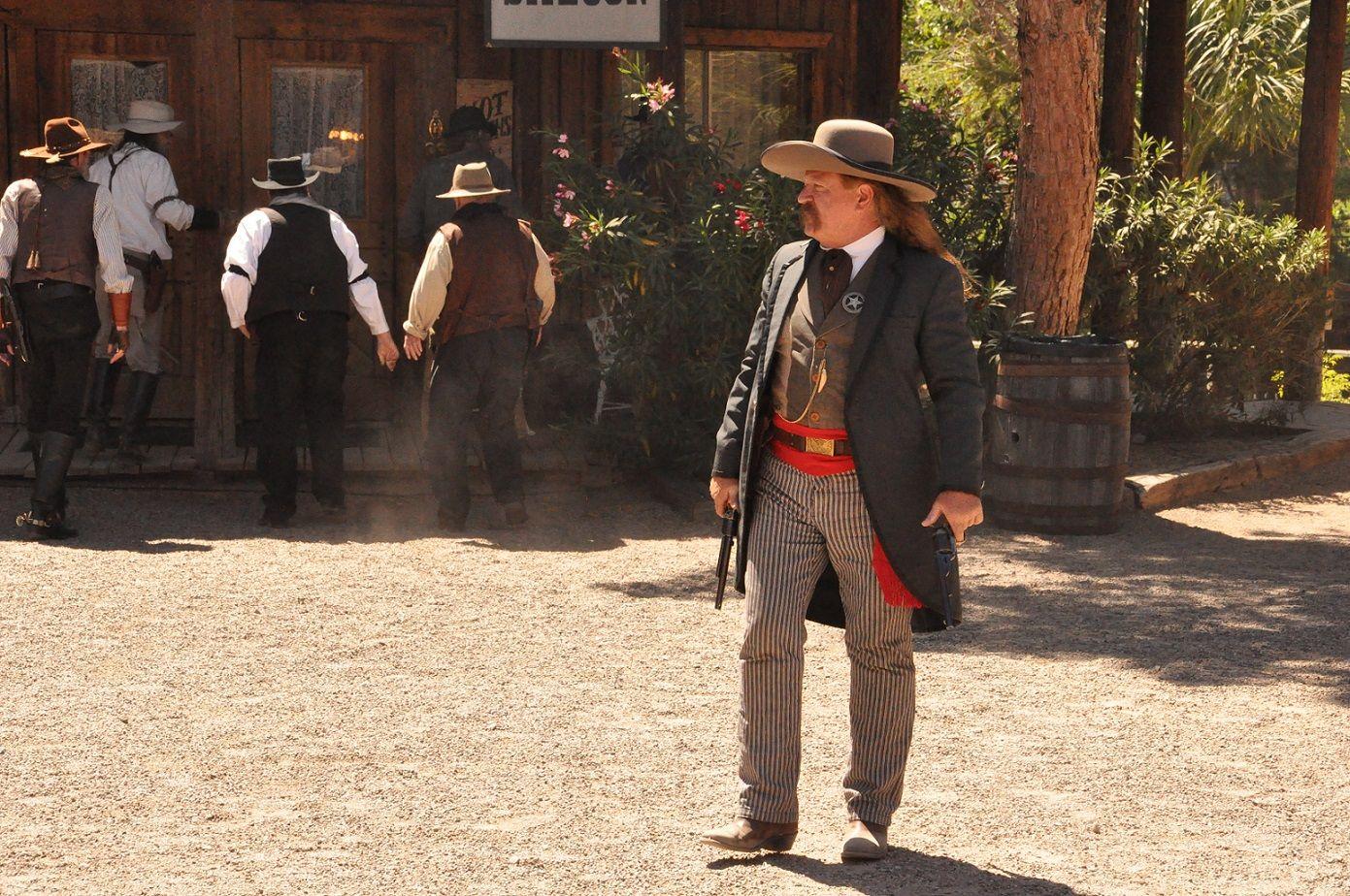 Arizonagunfighters.com - Wild Bill Hickok show