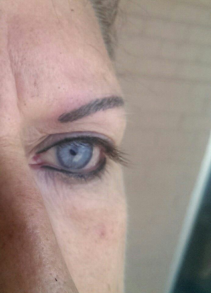 Permanent eyeliner& eyebrows (with realistic hairline strokes)by Keith Porter keithpicassoporter instagram