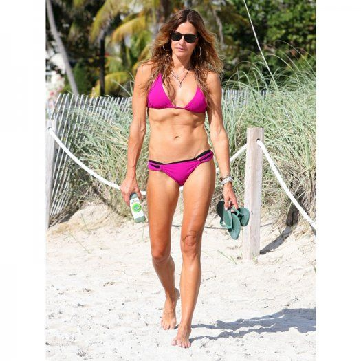 2015s Hottest Celebrity Beach Bodies So Far
