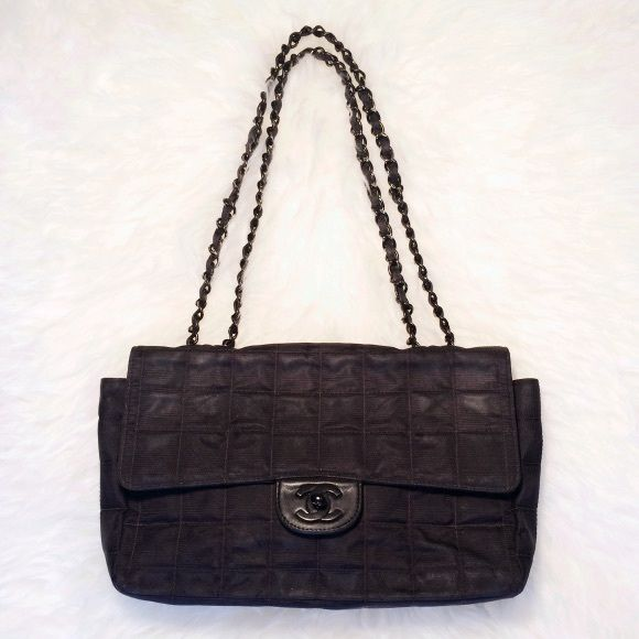 d2f32ca3ef1d Chanel handbag authentic 100% guaranteed authentic Chanel handbag. Black  canvas exterior, leather & satin interior. Single or double chain strap.
