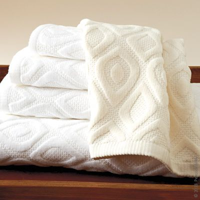 The Astoria Towel By Peacock Alley Is A Gram Weight Velour - Velour bath towels for small bathroom ideas