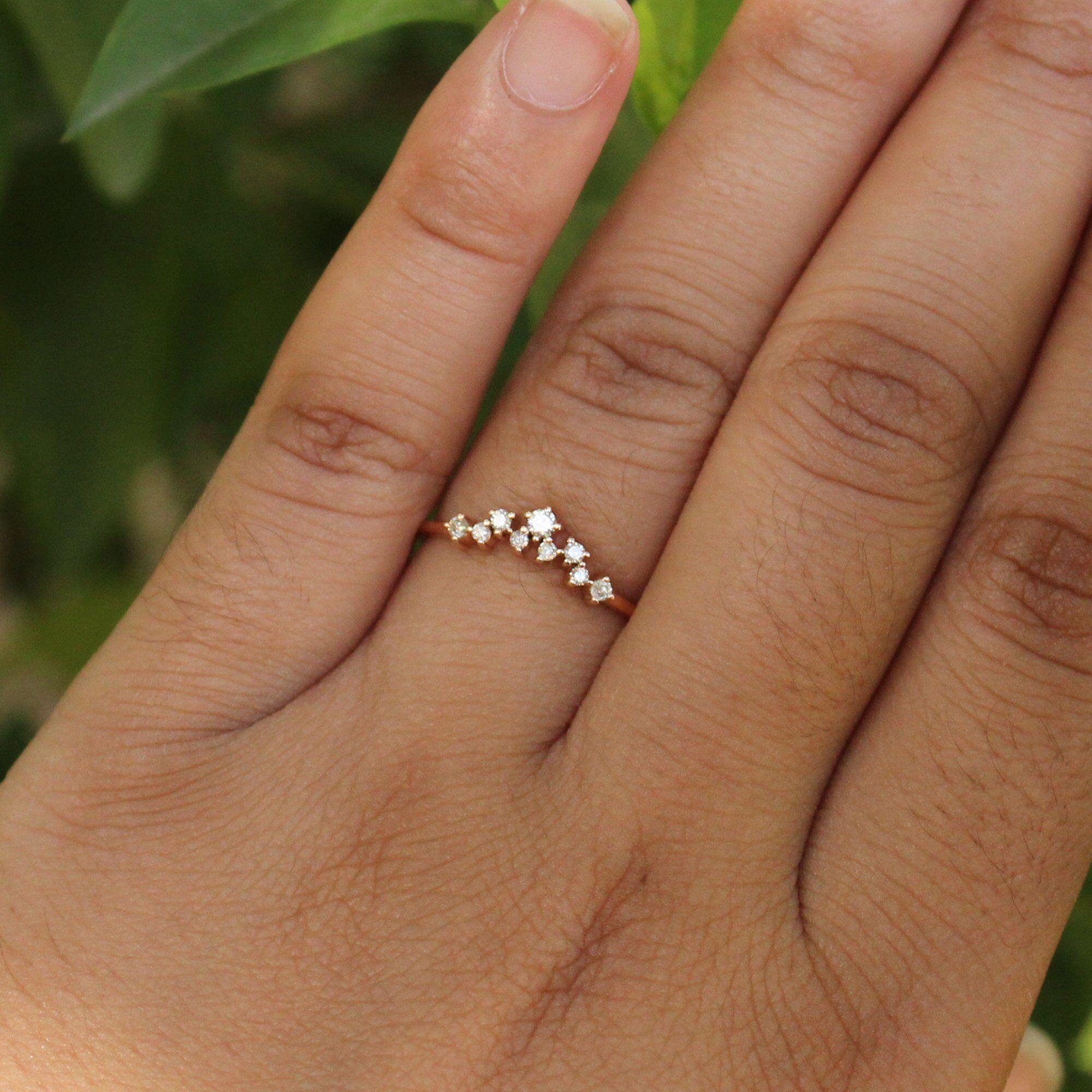 Graduation Diamond Crown Ring, Curved Diamond Band