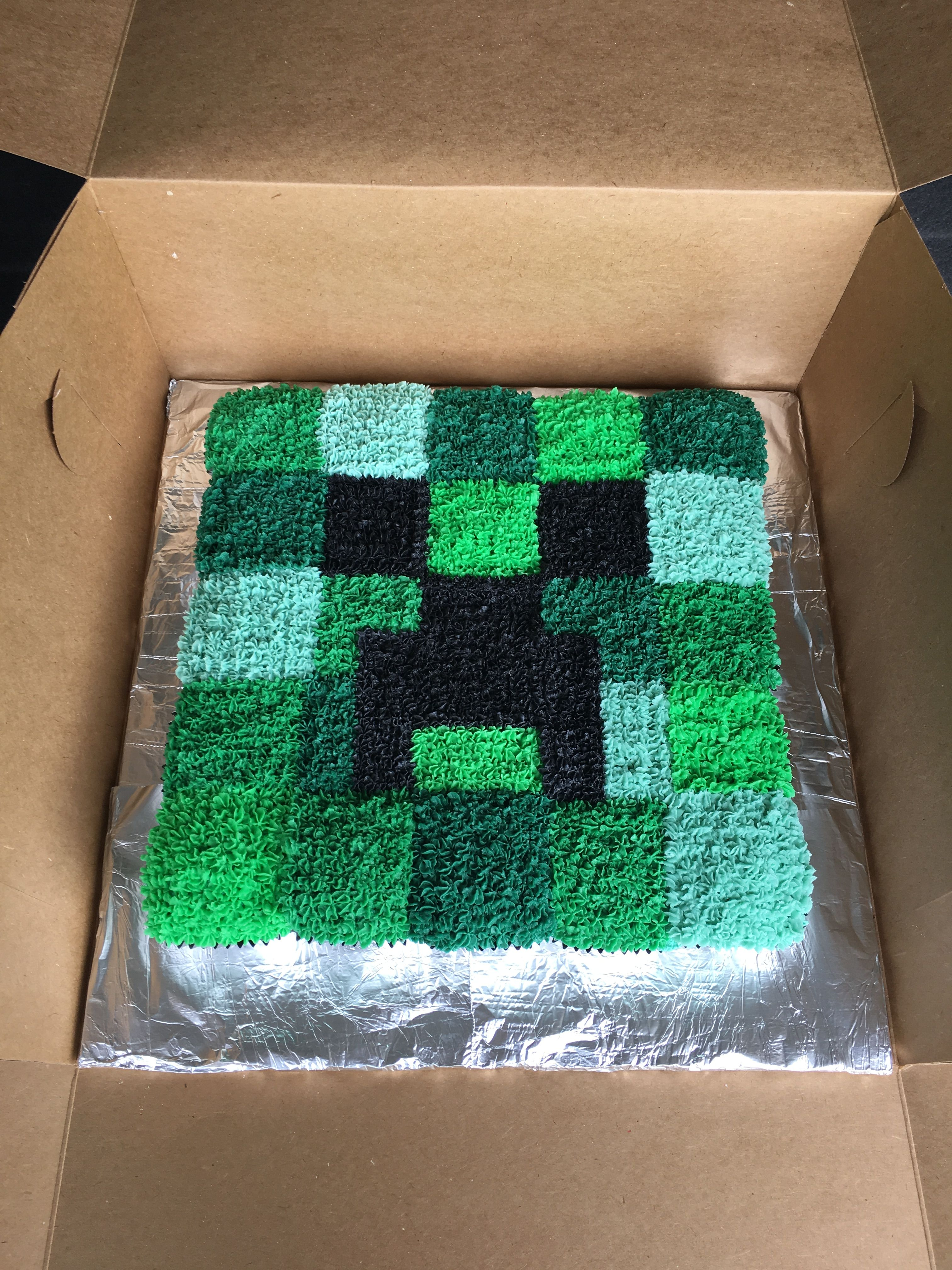 Minecraft Creeper Pull Apart Cupcake Cake Made Using Square