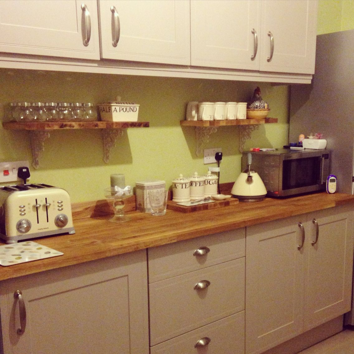 Green And Gray Kitchen: Country Kitchen DIY Dulux Melon Sorbet, Solid Oak Worktop