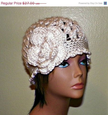 c4aeb063467 Black Cloche Hat Flapper Womens Button Downton Abbey Freeform Beanie  Crochet Gatsby Bucket