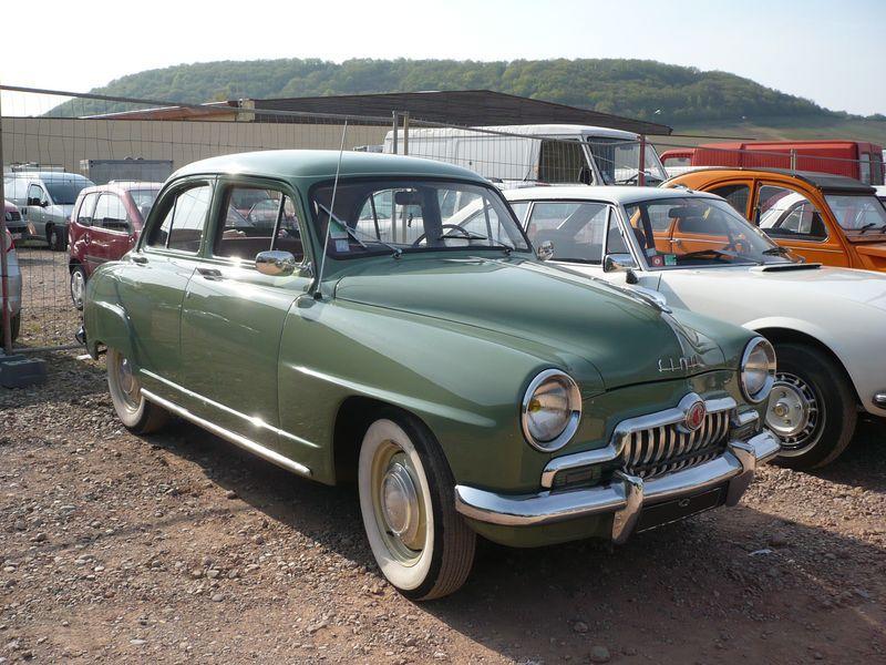 Simca 9 aronde ancienne pinterest simca voitures et for Garage peugeot poissy