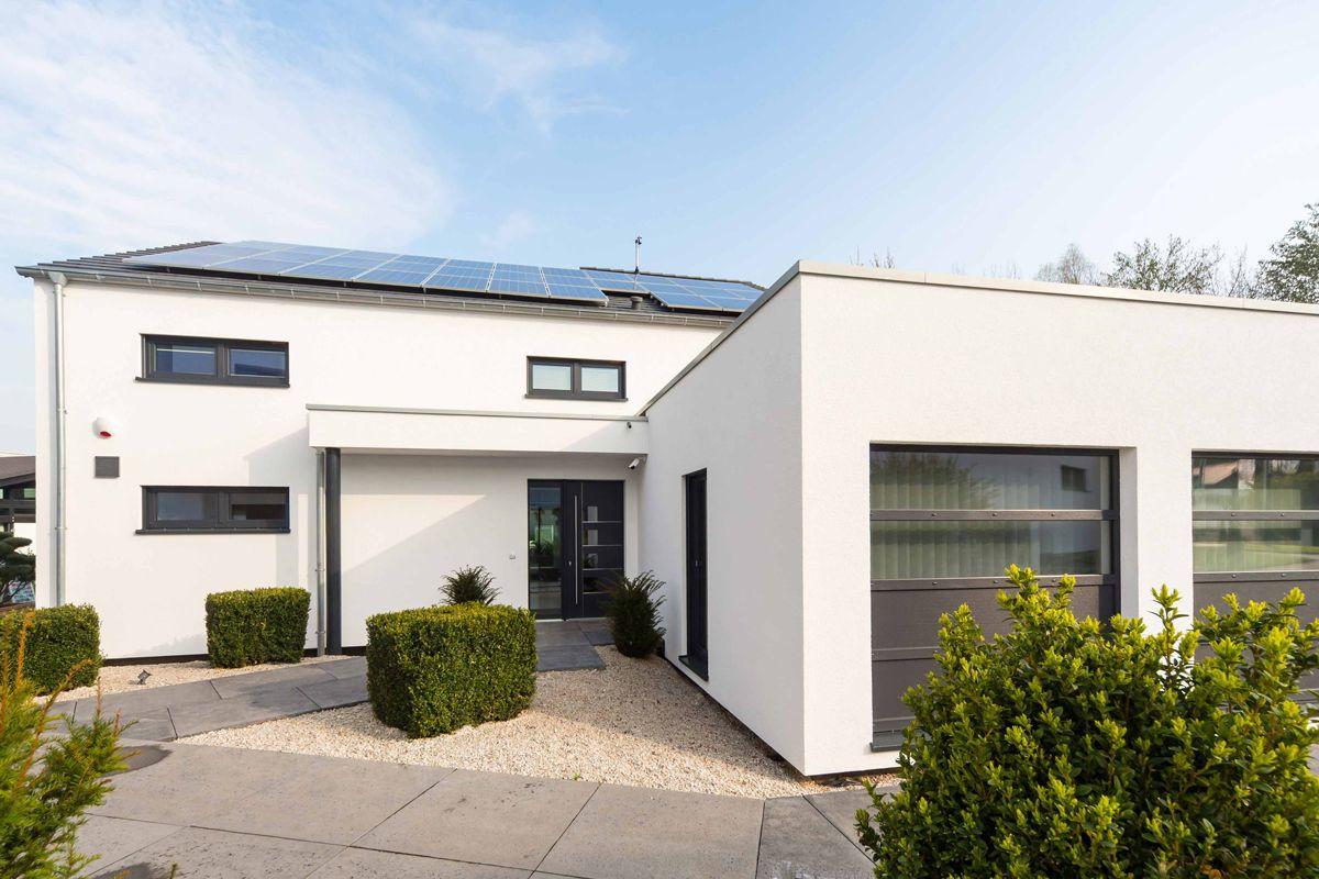 Okal musterhaus atrium h user pinterest musterhaus for Atriumhaus bauen